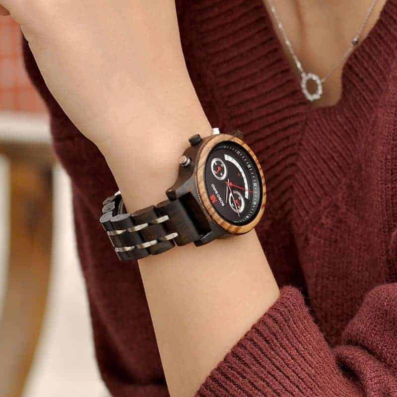 Smail face design chronograph watch Q14 2 jpg