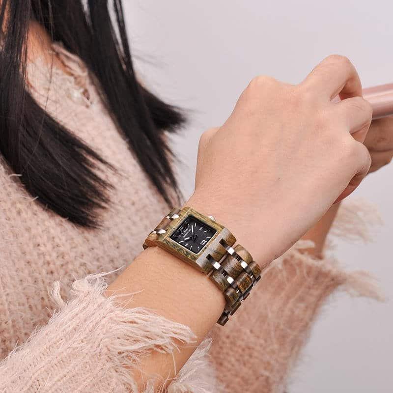 Delicate Women Wrist Watch 4