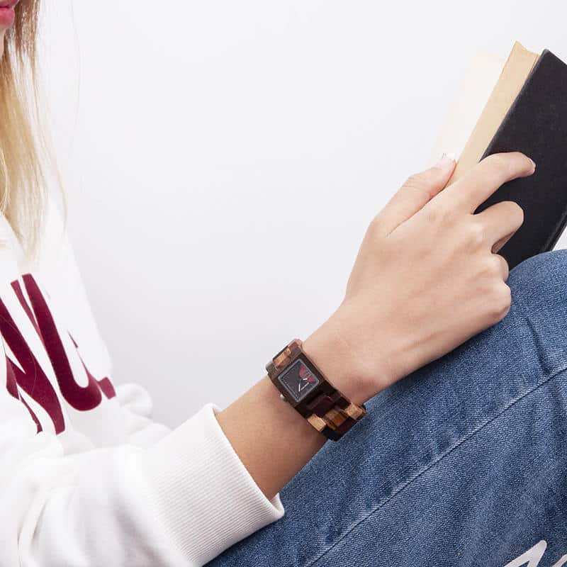 Minimalist women wristwatch 4