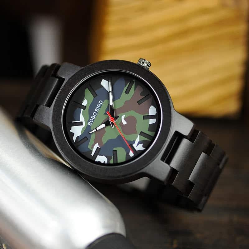 Ebony Wood Classic Quartz Wristwatch