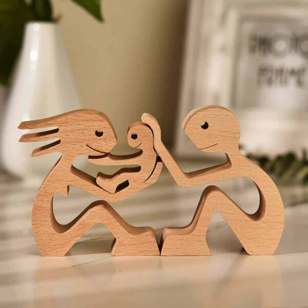 Couple with One Kid Wood Sculpture, Couple Wooden Carving Gifts Home Decor